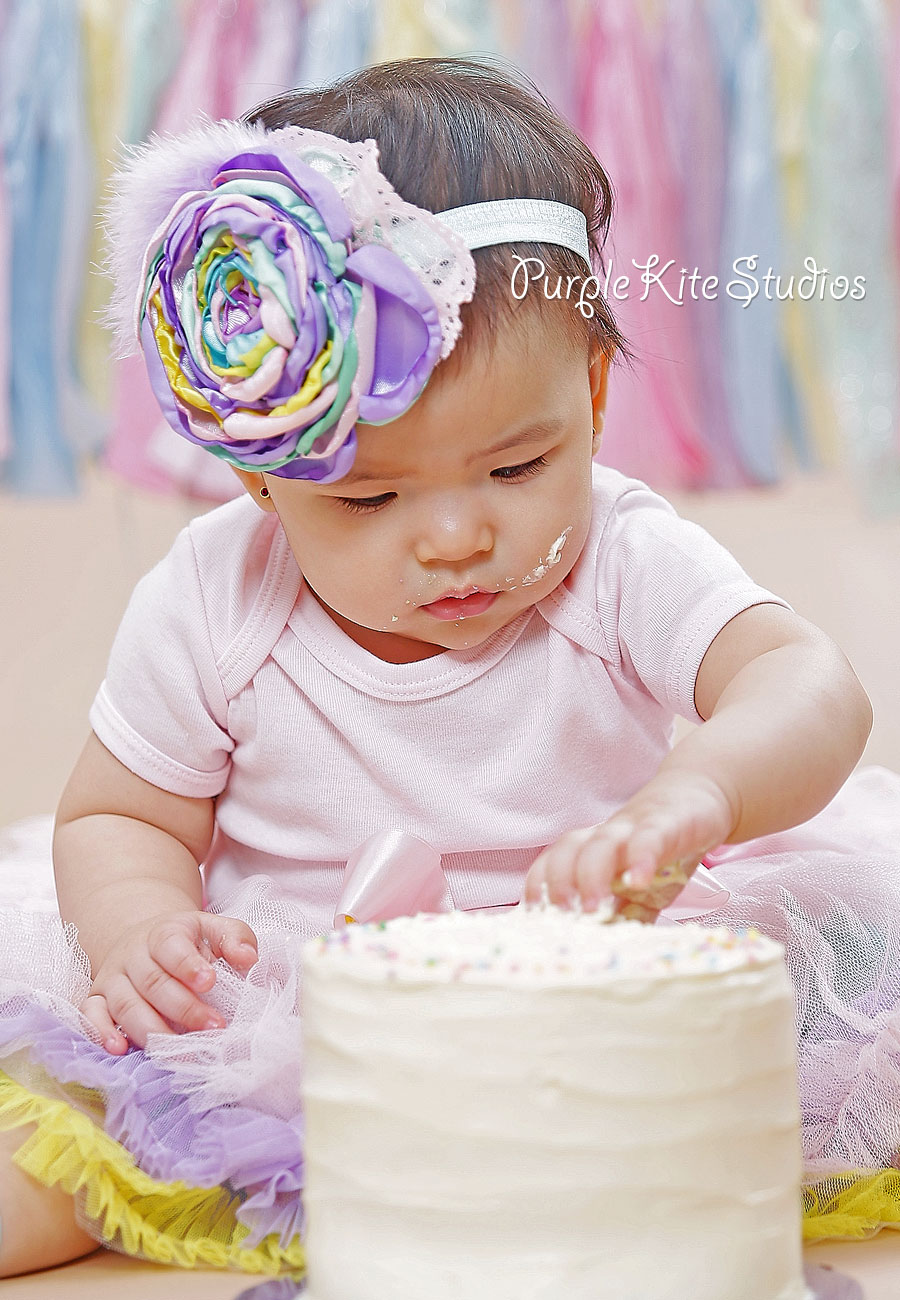 Aiyah's Pre-birthday and Smash the Cake Photography by Purple Kite Studios