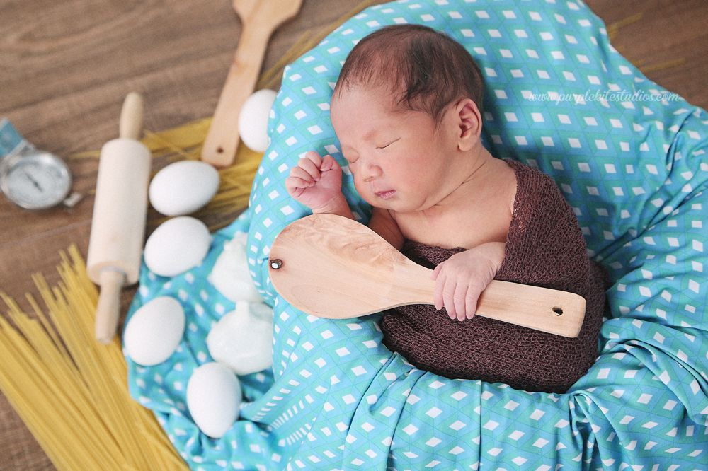 Kenrich Ezekiel @ 10 days old by Purple Kite Studios